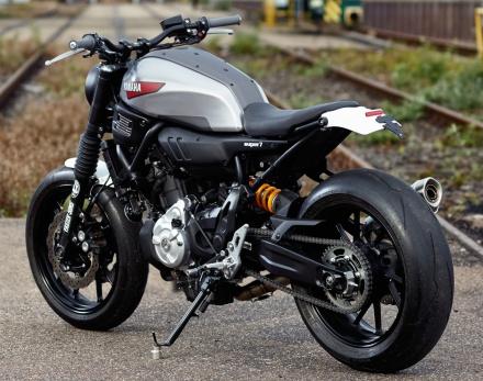 XSR700 SUPER7