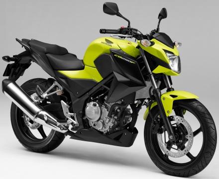 CB250Fの2016年モデルにも、同じく蛍光カラー採用のSpecial Editionが!