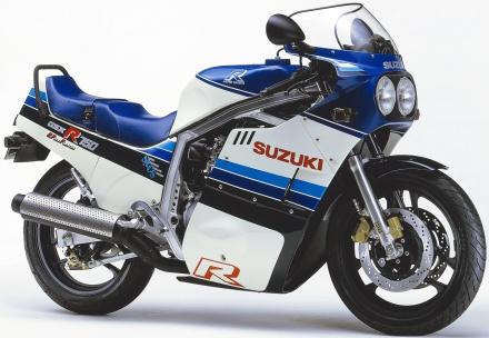 【GSX-R750 30年間の軌跡】1985年 GSX-R750