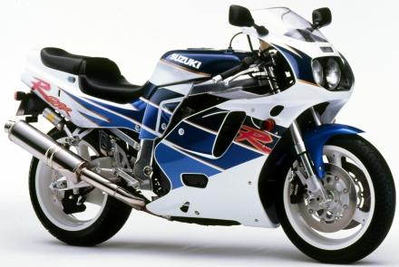 【GSX-R750 30年間の軌跡】1992年 GSX-R750
