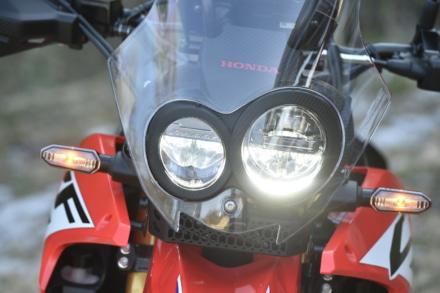 HONDA・CRF250ラリーヘッドライトはLED