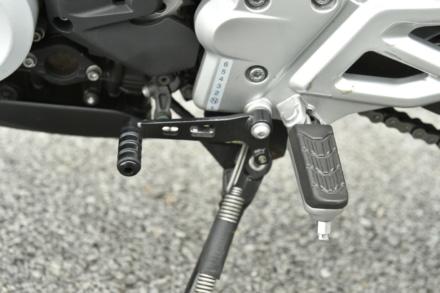 BMW・G310Rのチェンジペダル