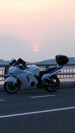 ふと夜明け前に目が覚めたので角島へ日の出ツーリング!