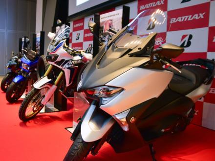 BRIDGESTONEより、BATTLAXシリーズの新タイヤ5モデルが2018年2月に販売開始