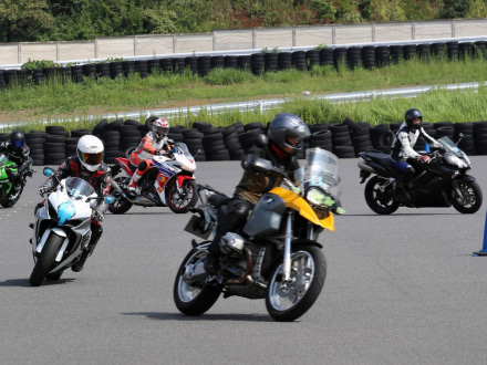 BATTLAX FUN&RIDE MEETING in 筑波サーキット コース1000