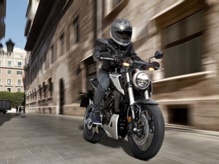 原付二種 MTモデルに新たな選択肢 CB125Rが新登場!価格は44万8,200円