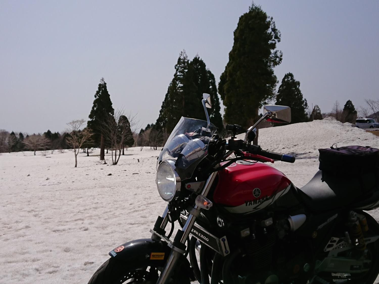 バイクと雪のコラボ