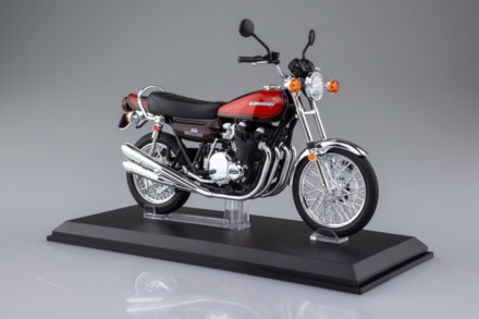 "SKYNET 1/12 完成品バイクにKawasaki Z1の""火の玉""カラーが限定販売中"