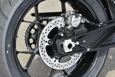 KTMの790デュークのリヤブレーキシステム