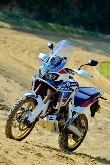 CRF1000L Africa Twin ADVENTURE SPORTSでオフロードコース走行