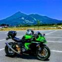 磐梯山と緑忍
