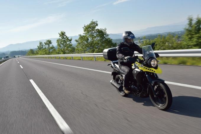 スズキのVストローム250を高速道路でインプレッション