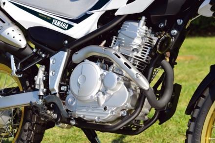 ヤマハの新型セロー250のエンジンは空冷単気筒