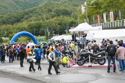 NIKEN・SR400が一足早く登場!YAMAHA Motorcycle Day 2018 東会場 開催レポート