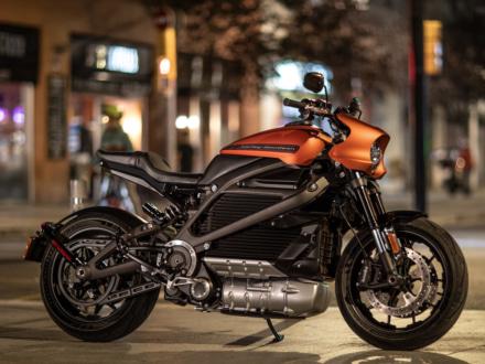 遂にHARLEY DAVIDSONの電動バイク・LiveWireが市販決定!ハーレーらしいワイルドな仕上がりだ