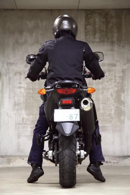SUZUKI Vストローム650 ABS