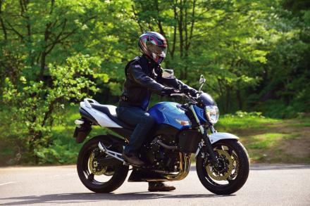 SUZUKI GSR400 ABS