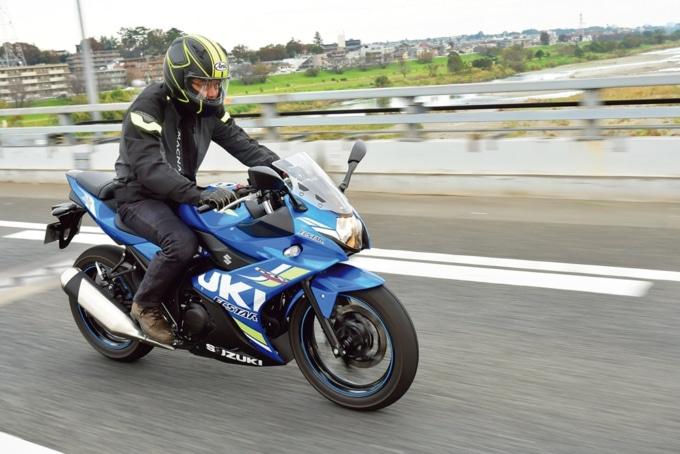 SUZUKIのGSX250Rを高速道路でインプレッション