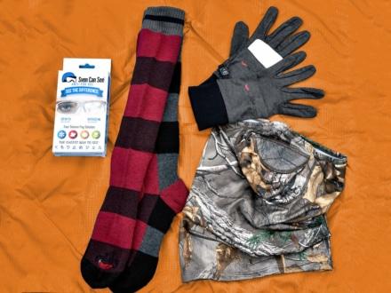 HOT CHILLYSから首も隠れる防風マスクが追加ラインナップ!さらにインナーグローブや防寒ソックス、曇り止めなども紹介