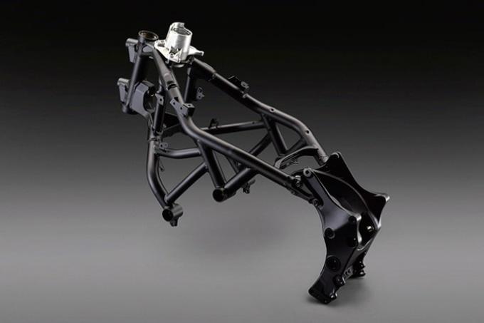 ヤマハ・NIKENの鋼管スチールパイプとアルミ鋳造材などが組み合わされたハイブリッド・フレーム