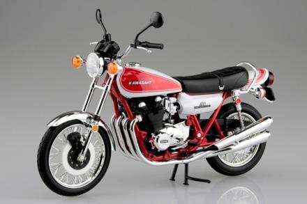 SKYNET 1/12 完成品バイクに『KAWASAKI 750RS(Z2) 赤白カラー』が登場