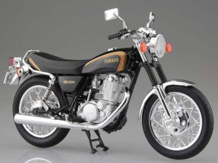アオシマより、ヤマハ SR400の1/12スケール 塗装組立済み完成品モデルが2019年4月に登場