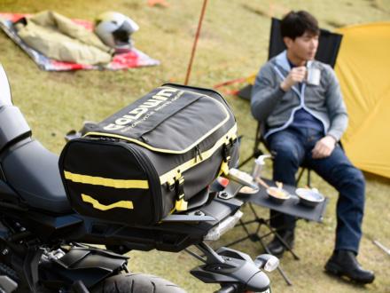 札幌市の秀岳荘にて、ゴールドウインがオススメするバイクキャンプツーリングアイテムが24日までの期間限定で展示!
