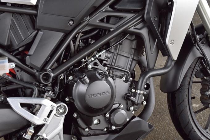 HONDA CB250R エンジン
