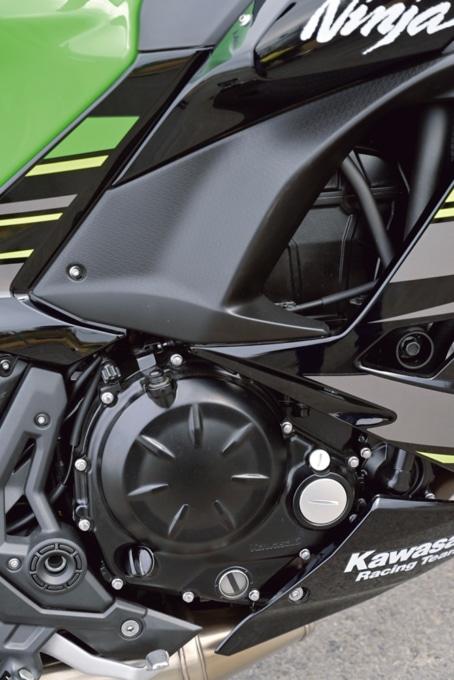 Kawasaki Ninja650 エンジン