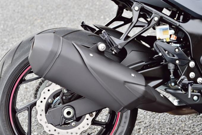 SUZUKI GSX750 ABS マフラー