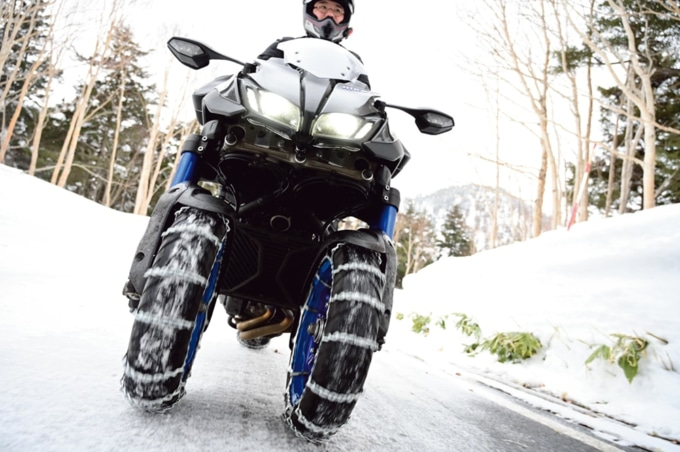 圧雪路をものともせず走るヤマハのNIKEN
