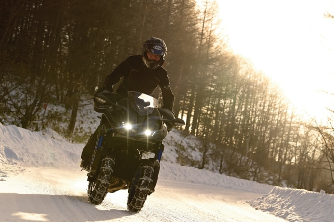 ヤマハ・NIKENで雪上走行! タイヤチェーンを試乗インプレッション!