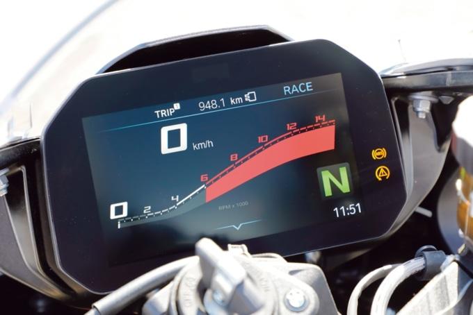 2019年式 BMW S1000RR デジタルメーター