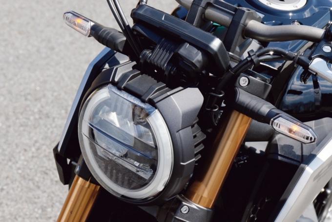2019年モデル HONDA CB650R ヘッドライト