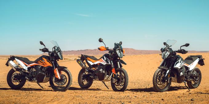 2019年モデル KTM 790アドベンチャーR 2台と790アドベンチャー