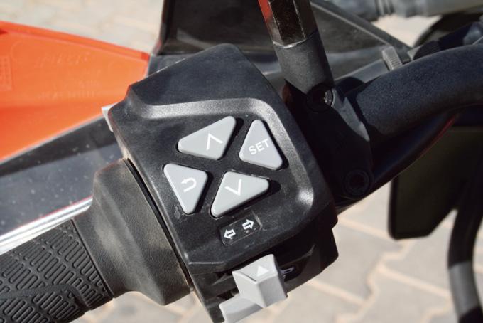 2019年モデル KTM 790アドベンチャーR 左ハンドルスイッチボックス