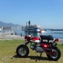 外輪船とモンキー