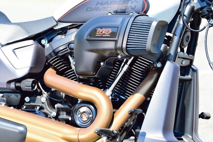 HARLEY-DAVIDSON FXDR114 エンジン
