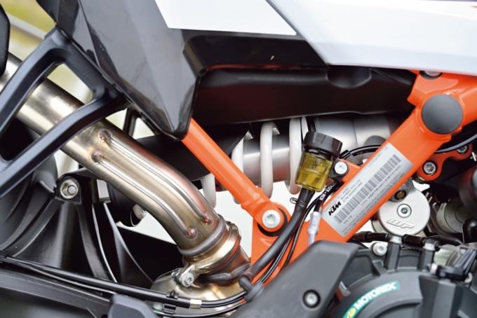 KTM 790ADVETURE R リヤショック