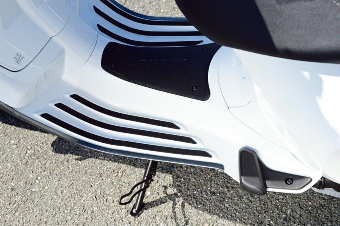 Vespa Primavera S150 ABS ステップボード