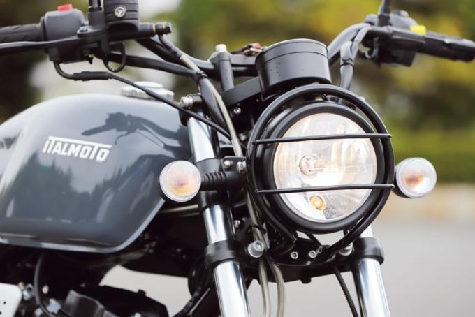 イタルモト ティクアトロ125 スクランブラー ヘッドライト