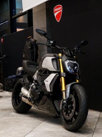 Ducati Diavel Meeting @ Pier-01で展示していたDiavel1260
