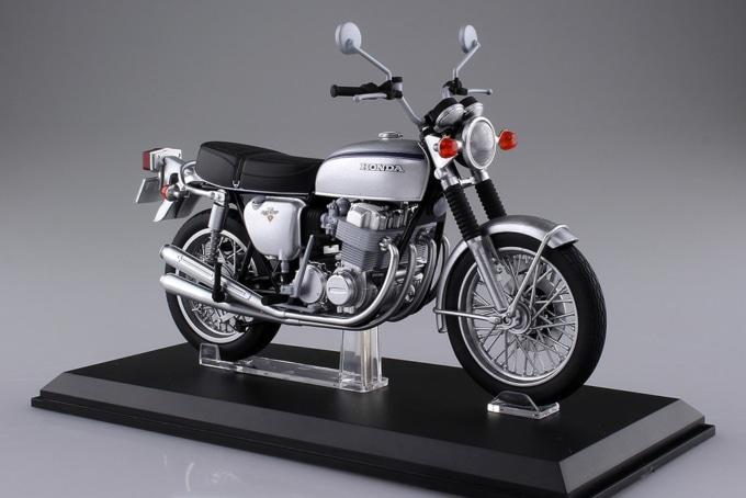 アオシマ 1/12完成品バイク Honda CB750FOUR(K2) シルバー