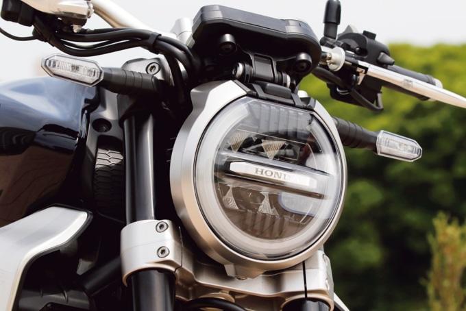 HONDA CB1000R (2BL-SC80) ヘッドライト