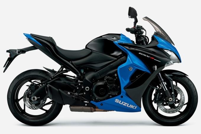 SUZUKI GSX-S1000F ABS(2020年モデル)グラススパークルブラック/トリトンブルーメタリック サイドビュー