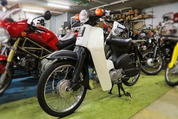 オートボーイ津田沼のリサイクルカブ デモ車