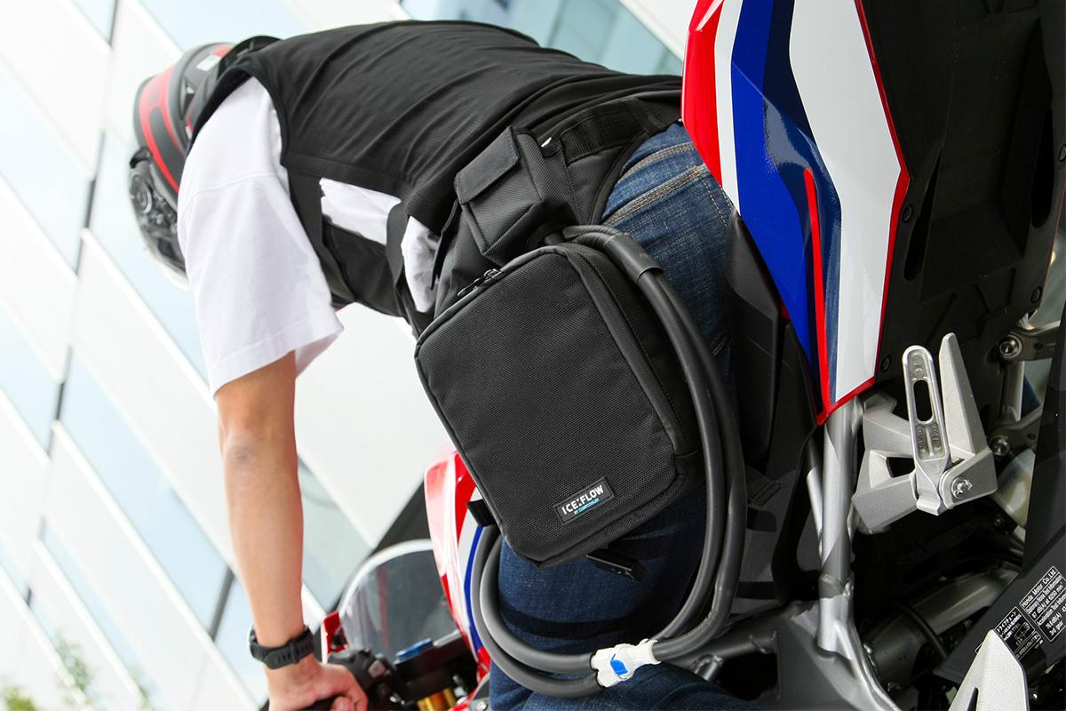 キノクニエンタープライズ ICE FLOW ベスト+レッグバックタイプの着用イメージ