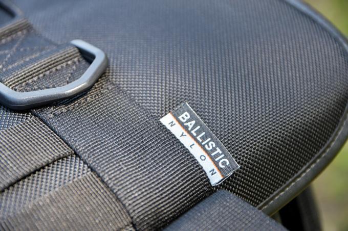 プロト IGAYAシートバッグに採用されている高強度の1680Dバリスティックナイロン