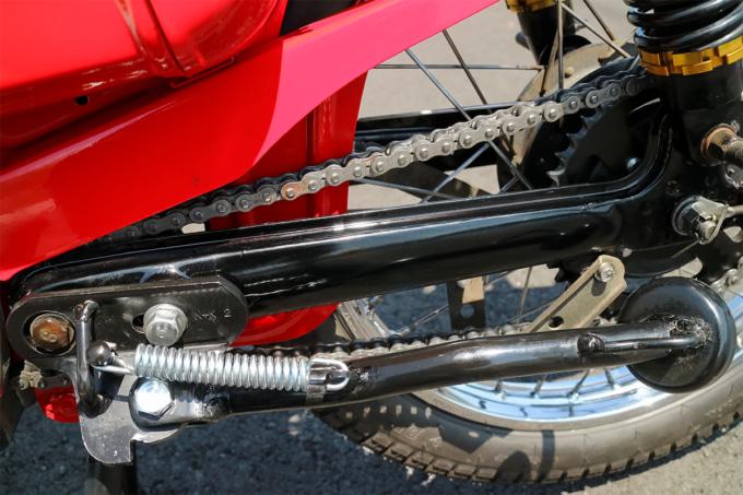 オートボーイ津田沼のリサイクルカブサービスでリフレッシュしたハンターカブ(CT110、'81年式)スイングアーム