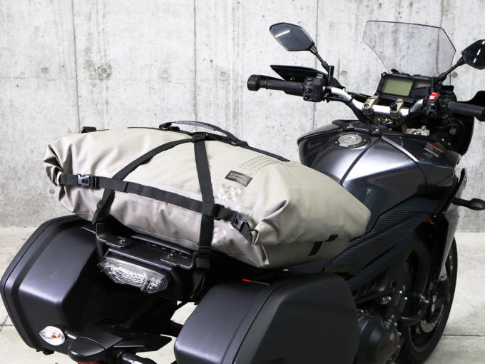 DOPPELGANGER(ドッペルギャンガー)DBT427-KH ターポリンツーリングシートバッグ 装着車両